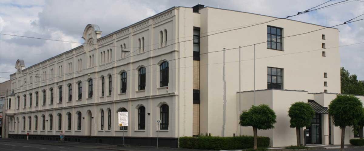 Bruensing-Architekten-Verwaltungsgebaeude-Krefeld